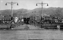 Ornamentações no cais do Funchal por ocasião da passagem de D. Manuel Gonçalves Cerejeira, Freguesia da Sé, Concelho do Funchal