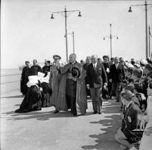 D. Manuel Gonçalves Cerejeira, no cais do Funchal, à sua chegada, Freguesia da Sé, Concelho do Funchal