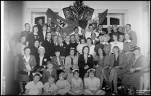 Retrato de grupo, durante a festa da vitória do Eixo, no consulado italiano, Concelho do Funchal