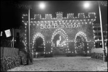 Arco triunfal de boas vindas ao general Óscar Carmona, no cais do Funchal, Freguesia da Sé, Concelho do Funchal