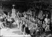 Almoço com os proprietários e empregados da Edificadora do Bom Jesus, rua do Bom Jesus, Freguesia da Sé, Concelho do Funchal