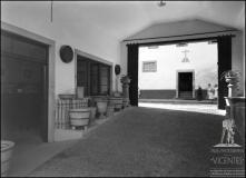 Entrada da Edificadora do Bom Jesus, rua do Bom Jesus, Freguesia da Sé, Concelho do Funchal