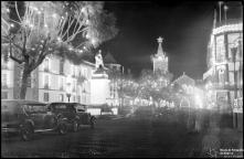Iluminações de Natal e Fim de Ano na avenida Arriaga, na passagem do ano de 1937 para 1938, Freguesia da Sé, Concelho do Funchal