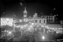 Iluminações de Natal e Fim de Ano nas avenidas Arriaga e Zarco, na passagem do ano de 1937 para 1938, Freguesia da Sé, Concelho do Funchal