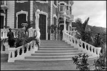 Escada de acesso ao edifício da Quinta Elmina (atual Lar Vila Assunção), Freguesia de São Gonçalo, Concelho do Funchal