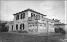 Edifício de habitação, na Freguesia dos Prazeres, Concelho da Calheta