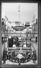 Montra com lâmpadas Philips, em estabelecimento não identificado, na Ilha da Madeira