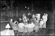 Jantar no jardim do Hotel Bela Vista (atual Seminário Diocesano do Funchal), Freguesia da Sé, Concelho do Funchal