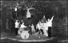 Orquestra do Hotel Bela Vista (atual Seminário Diocesano do Funchal), no jardim, Freguesia da Sé, Concelho do Funchal