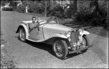 Automóvel, em local não identificado, na Ilha da Madeira