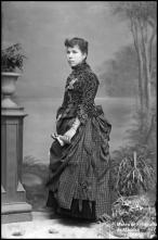 Retrato de Madalena Isabel (corpo inteiro)